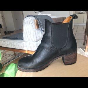 Frye // Sabrina Boot